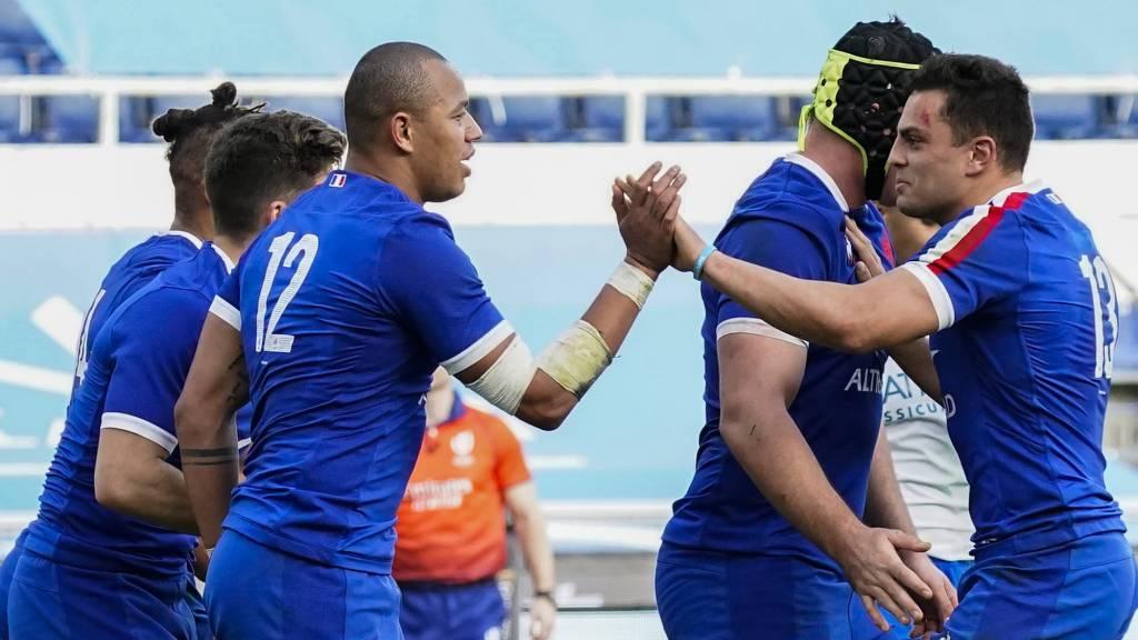 Gael Fickou celebrates try for France
